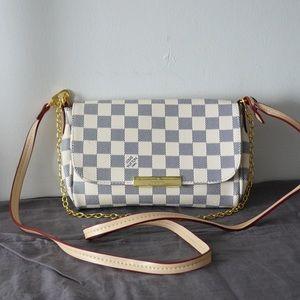 Louis Vuitton 8.3 x 5.5 x 1.5 White